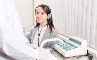 hearing-aid-listening-tes